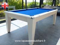billard de salon et de style: Table de billard contemporaine avec ardoise dans véranda York blanc tapis gris.