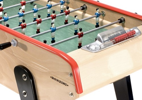 Photo et descriptif: Baby-foot bonzini b90, La Passion du Billard.