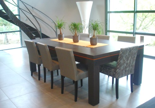 Photo et descriptif: Billard design Eos convertible en table de salle a manger wenge gris tapis orange livre dans le 59
