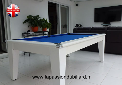 Photo et descriptif: Billard blackball York blanc tapis bleu.