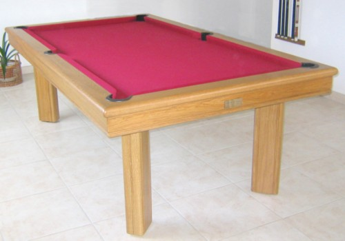 Photo et descriptif: Billard en chene Elegance tapis bordeau pool americain